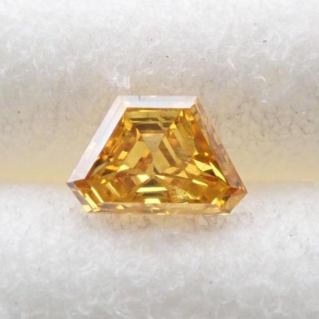【11/21掲載】イエローダイヤモンド 0.055ctルース(FANCY DEEP ORANGY YELLOW, I1)