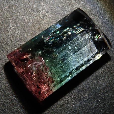 【10/11掲載】パーティカラートルマリン 3.977ctルース(4色)