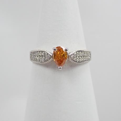 【10/11掲載】Pt950オレンジダイヤモンド0.338ct リング(FANCY DEEP YELLOWISH ORANGE)