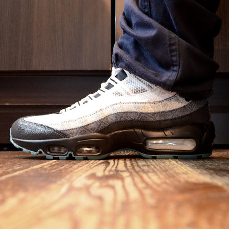 NIKE (AIR MAX 95 SE) ANTHRACITE