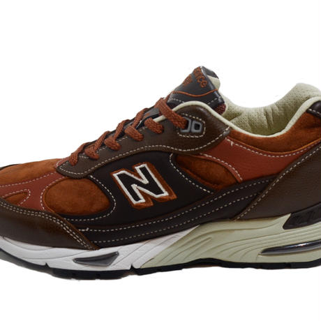 NEW BALANCE (M991 MADE IN ENGLAND) BROWN