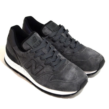 NEW BALANCE (M995 MADE IN USA) SYG