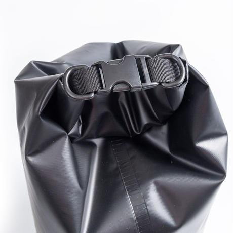 VIBESオリジナルドライバッグ(黒)