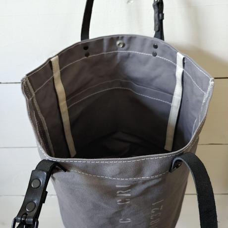 帆布のバケツバッグ  グレー