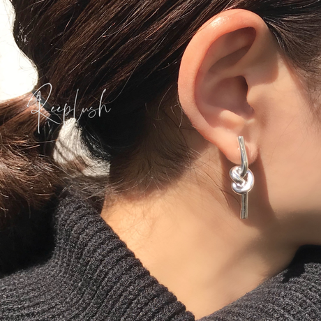 【ラスト1点】silver925 Knot Pierce