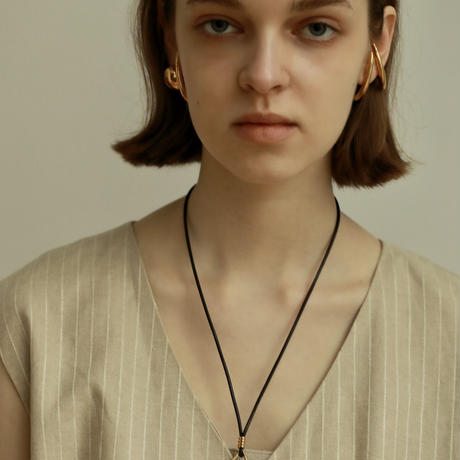 Fang Necklace [RC-NK001]
