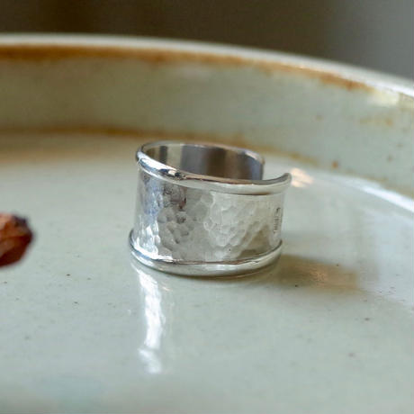 Hand Clapped Plate Ring [RC-RG005]