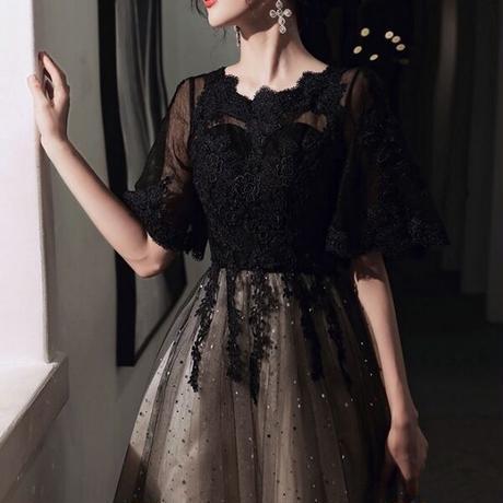 Aライン スパンコール 星柄 レース フレア袖 ラウンドネック フェミニン エレガント ミディアム丈 結婚式 二次会 お呼ばれ パーティー ドレス
