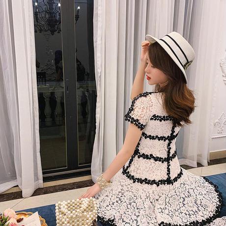 リボン ブローチ モノ レース ドレス
