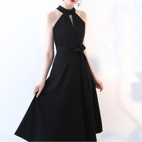大人 フェミニン ホルターネック ドレス☆ シンプルブラック♪