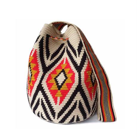 Dama Wayuu mochila