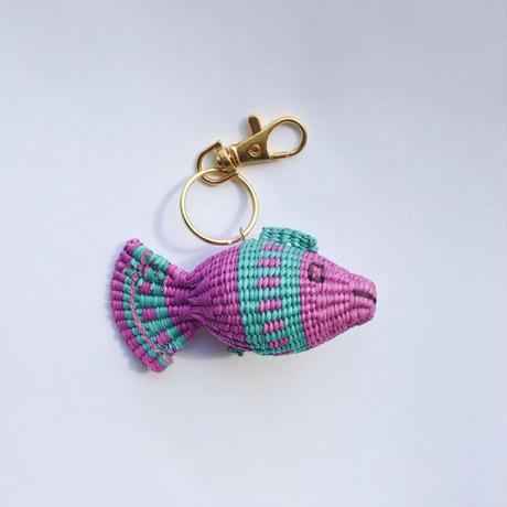 金魚キーホルダー ピンク×エメラルドグリーン