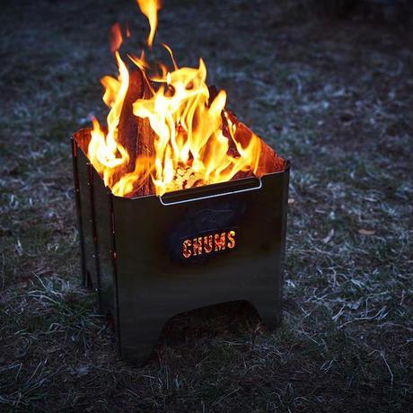 【CHUMS】ブービーフェイスフォールディングファイヤーピット(キャンプ用品|焚火台)