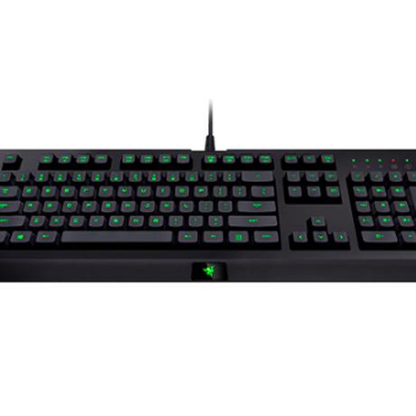 Razer ゲーム ゲーミングキーボード Cynosa Pro LEDバックライト付きメンブレンゲーミング有線完全プログラム可能マクロ記録キーによりシナプスキーボードが可能