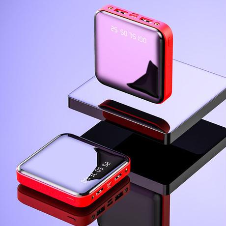 モバイルバッテリー Powerbank 大容量 20000 Mah 小型 軽量 薄型