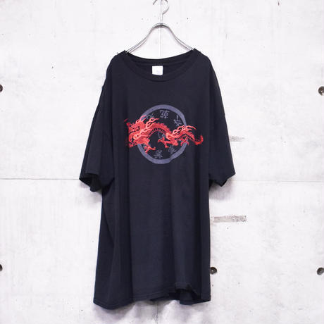 00s Chinese design printed tee
