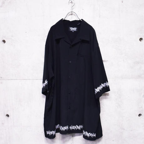 S/S embroidery open collar shirt