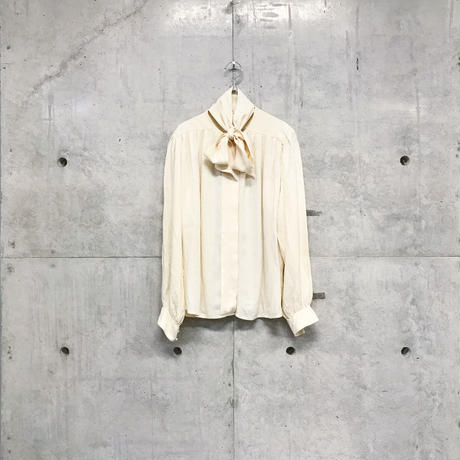 Silk ribbon shirt