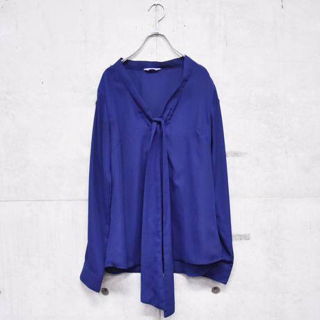 ribbon designb blouse