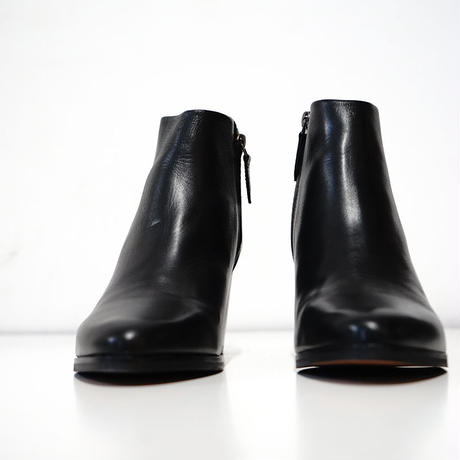 新品 Made in Portugal heel boots 41