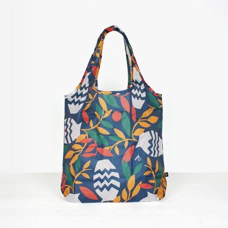 by Parra / SHOPPING BAG STILL LIFE WITH PLANTS