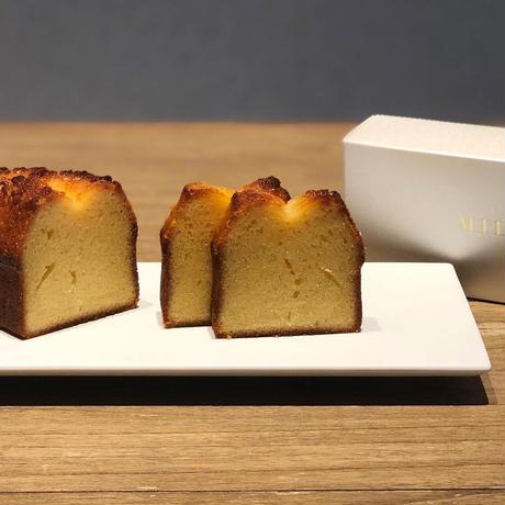 1日限定20個 塩とミルクのケーキ 毎朝10時受付開始