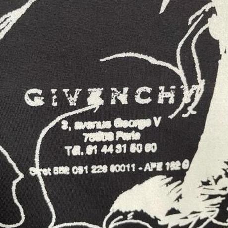 新品タグ付★GIVENCHY オーバーサイズ ゴシック  Tシャツ ブランドロゴ  Tシャツ ブラック Sサイズ