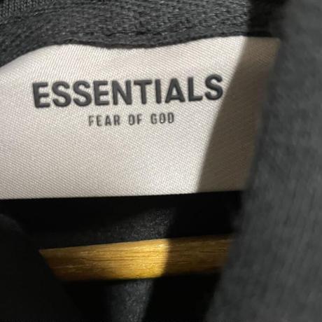 新品タグ付 ESSENTIALS fear of god エッセンシャルズ フィアオブゴッド ロゴ スウェット パーカー Mサイズ