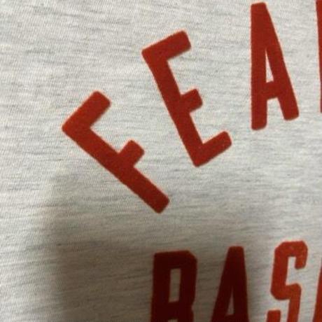 新品タグ付 FEAR OF GOD baseball 7th collection フィアオブゴッド ブランドロゴ フロッキープリントTシャツ ロゴTシャツ