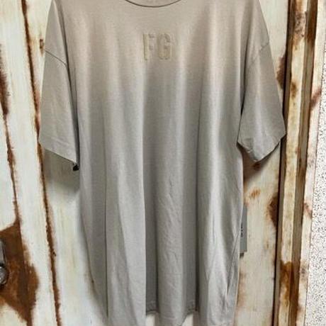 新品タグ付 Fear of God 7th collection フィアオブゴッド FG ブランドロゴ ビンテージ加工 Tシャツ