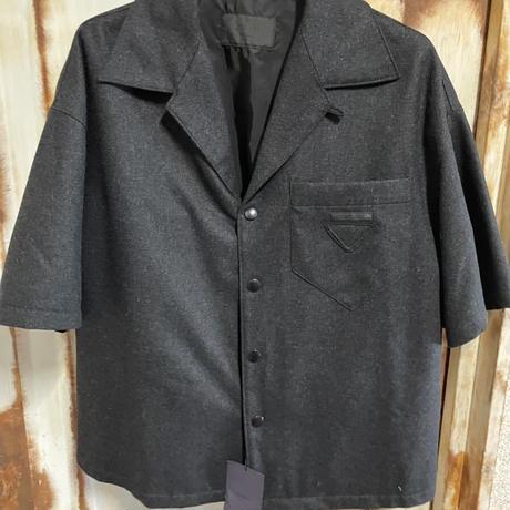 新品タグ付き★PRADAプラダ ボーリングシャツ 半袖シャツ バージンウール オーバー Mサイズ 定価約12万円