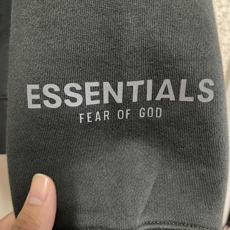 新品タグ付 ESSENTIALS fear of god エッセンシャルズ フィアオブゴッド ロゴ スウェット パーカー Sサイズ