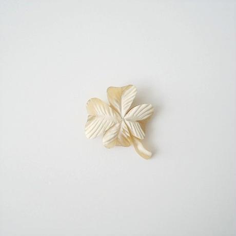 mina perhonen / クローバーブローチ /  2102-1569