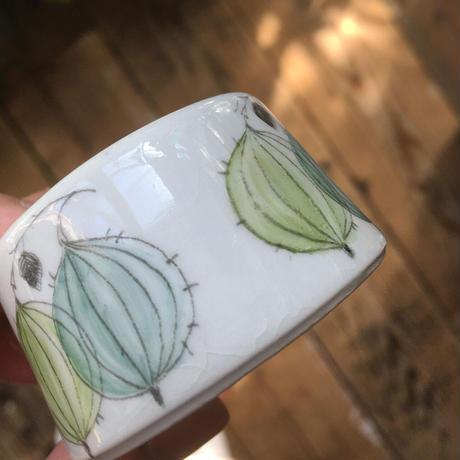 arabia marja egg holder  gooseberry