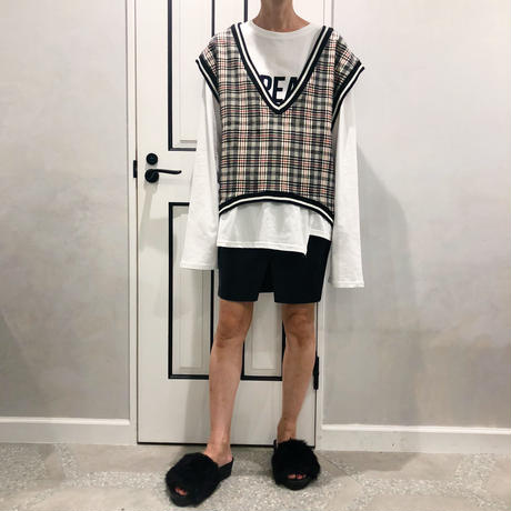 over size check vest