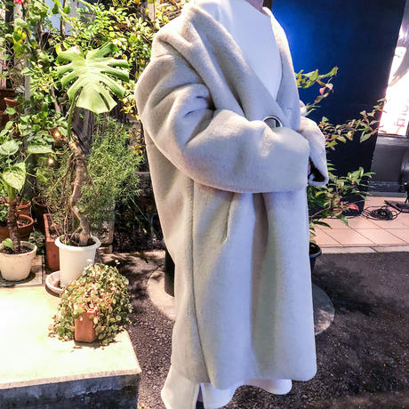 belt point long coat