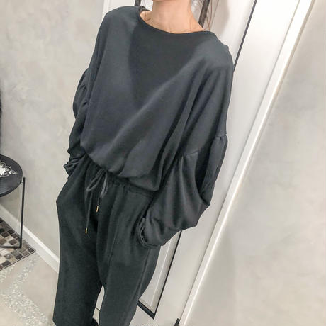 flare sleeve all-in-one(black)