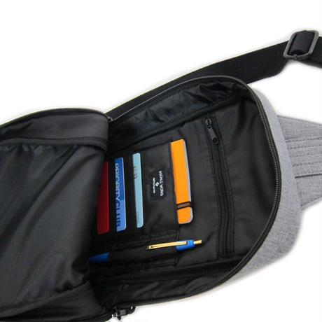 MODESTO SIMPLE SLING PACK / BLACK