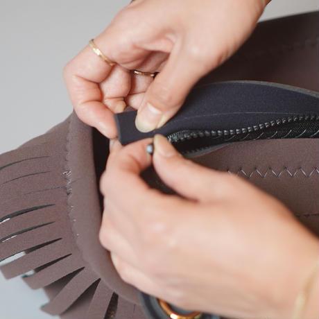 LozzSandra/fringe MINI tote bag【Brown x Charcoal Gray】