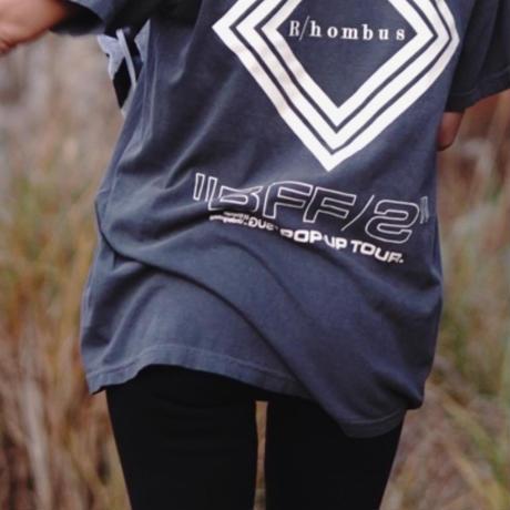 "S.U.G X R/HOMBUS ""BFF ''VOL.1コラボレーションTシャツ"