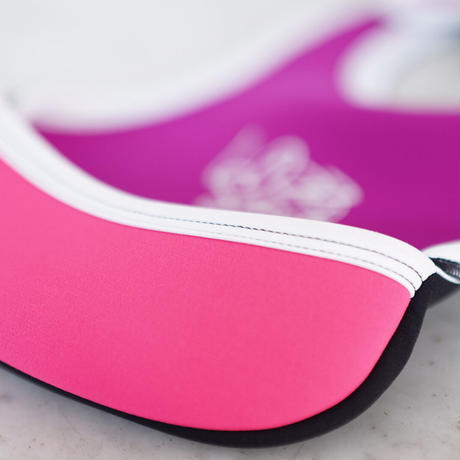 LozzSandra/BABY BIB/Rouge x neon pink