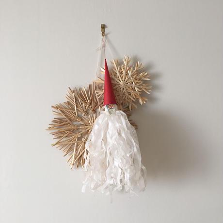 winter ornament <S>