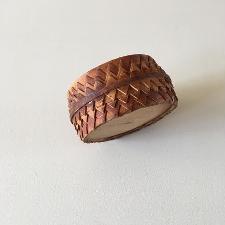 birchbark box (B)