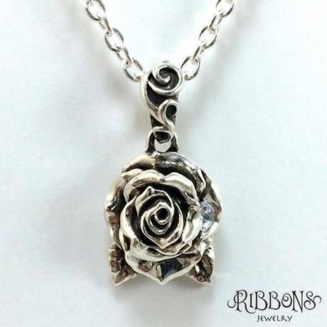T Rose Pendant