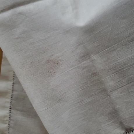 花籠とリボン刺繍のハンカチ