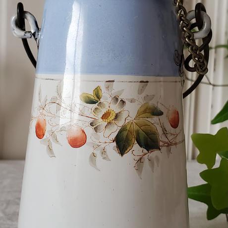 木苺柄のミルクキャリー