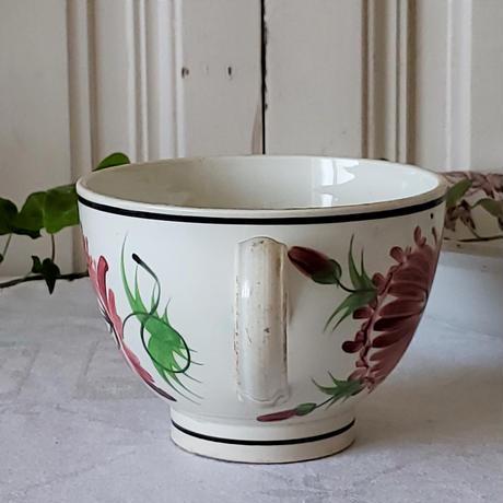 クレイユモントロー ハンドペイントの大きなカップ
