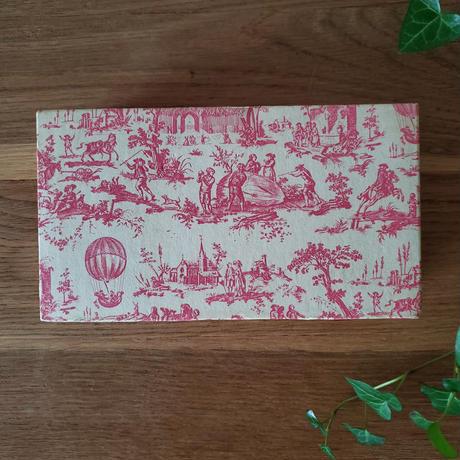 ヴィンテージ ピンクのToile de jeuy カルトナージュボックス