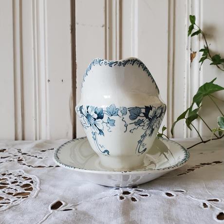 青い花柄のソーシエール