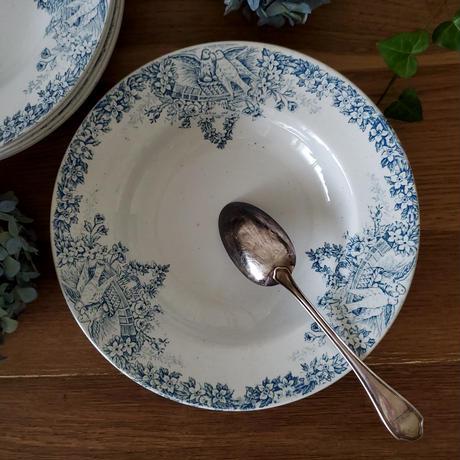 真っ白い鳩とお花のガーランドのスーププレート#5